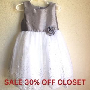 Other - Girls Special Occasion Dress 4T